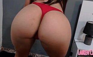 Asiática linda rabuda fazendo sexo anal