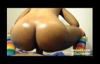 Deliciosa negra cuzudona cavalgando na piroca Video Porno