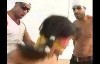 Gostosa brasileira estuprada por dois roludos