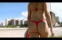 Porno brasileiro com loira greluda dando uma bela fodida