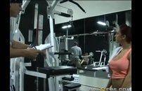 Meteu gostoso com aluna de fitness