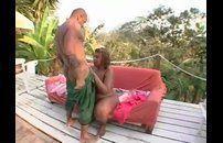 Video porno da morena gostosa amadora  levando rola no rabo