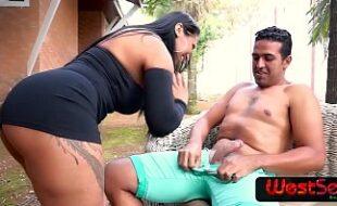 Video de samba porno com morena peituda