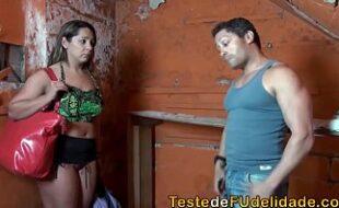Xvideos porno brasileiro com branquinha fudendo
